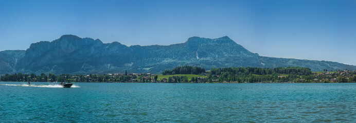 Panorama am Mondsee