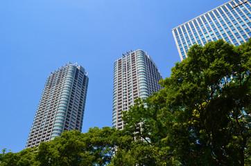 Hama-Rikyū building view