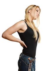 junge blonde Frau hat Schmerzen im Rücken