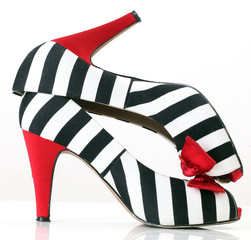 women's fashion black and white shoes with red heels and bow