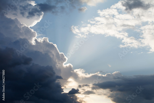 dramatic sky © Maksim Shebeko