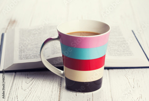 Fotobehang Cafe cup of coffee on wooden background