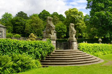 Rear gateway to the formal gardens of Pollok House, in Pollok Es