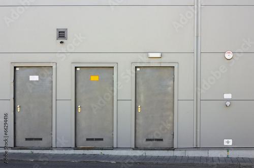 Three armor doors - 66294416