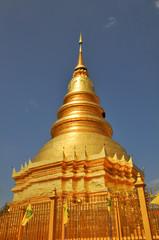 Hariphunchai pagoda, Lamphun, Thailand