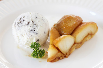 warm apple tart and ice cream
