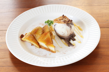 warm apple tart with ice cream