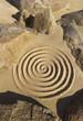 Esoterische Spirale zwischen Felsen