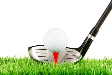 golfspieler macht einen abschlag