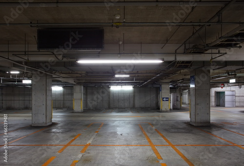 Empty Space in a indoor Parking Lot - 66339481