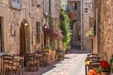 Fototapety Tipico ristorante italiano nel vicolo storico