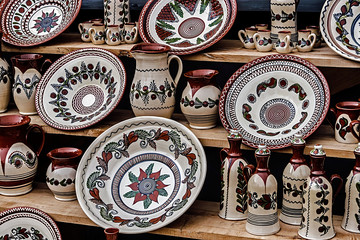 Romanian traditional pottery 7
