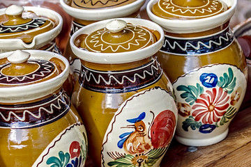 Romanian traditional pottery 9