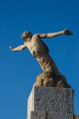 statue icarus