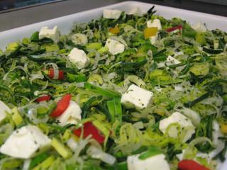 Salatteller mit Schafskäse
