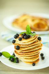pancakes with currants
