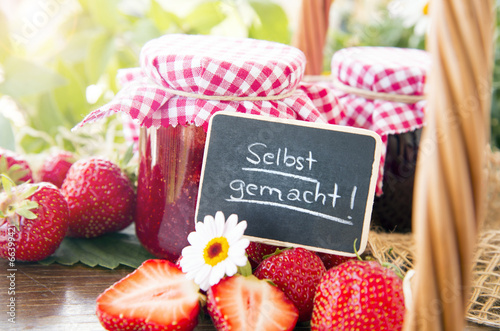 Keuken foto achterwand Picknick Strawberryjam homemade