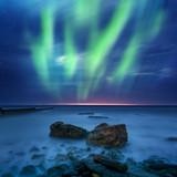 Fototapety aurora borealis over the sea