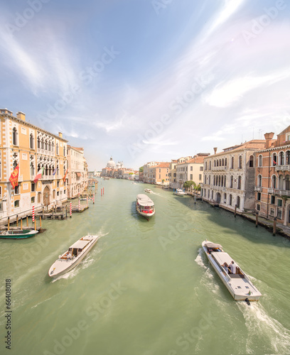 Foto op Aluminium Venice View of the grand canal with vaporetto and boats