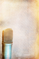 Condenser microphone background