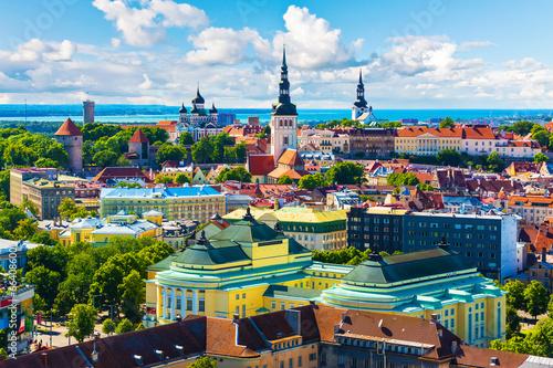 In de dag Oost Europa Old Town in Tallinn, Estonia