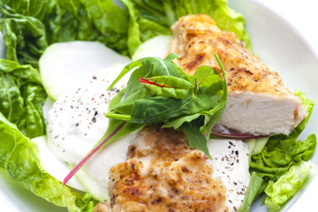 chicken meat with kohlrabi and garlic sauce