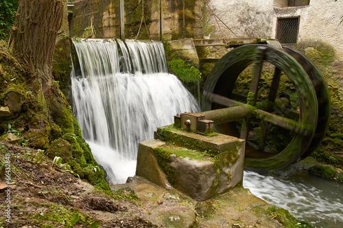 Staande foto Vuurtoren / Mill Watermill