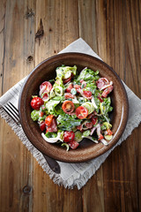 Cherry Tomato and Lettuce Salad with Yogurt Dressing