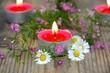 Teelichter mit Blüten