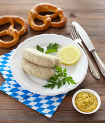 Bavarian white sausages with pretzels