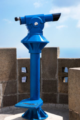 blue device for observing