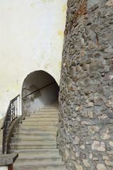 винтовая лестница вход в часовую башню