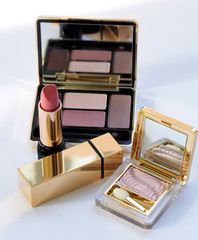 Luxury make up