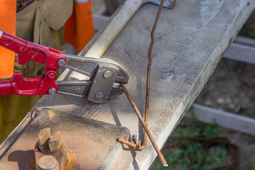 Cutting rebar with bolt cutters