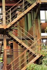 Treppen in stillgelegte Industrieanlage
