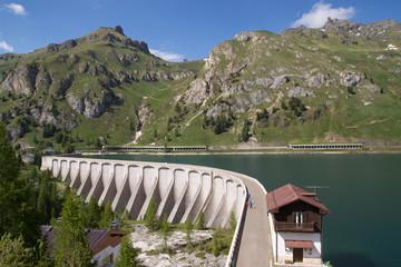 Diga Lago Fedaia