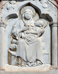 Virgin Mary with Baby Jesus, relief at home in Portofino, Italy