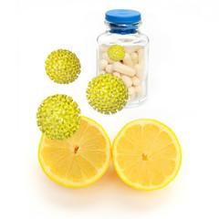 Zitrone und Vitamintabletten