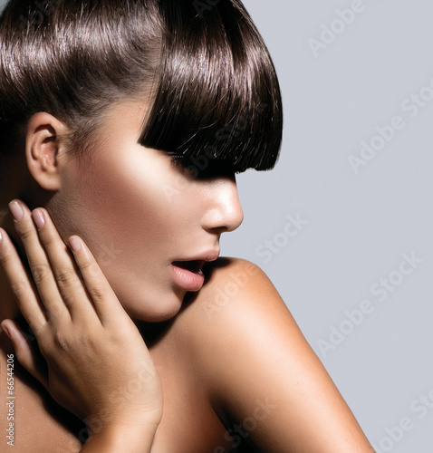 Fashion Model Girl With Trendy Hairstyle. Haircut © Subbotina Anna