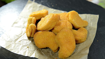 Portion of Chicken Nuggets (not loopable)