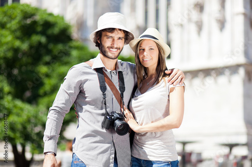 Young couple of turist in the city