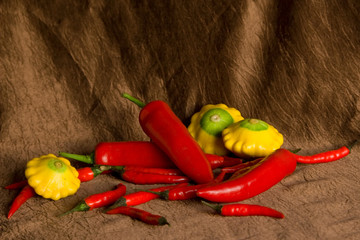 Composition with pepper and patisons