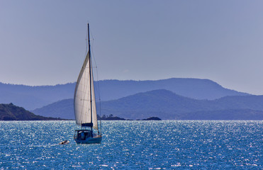 Sailing a yacht in the Whitsundays
