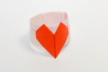 折り紙の指輪-赤
