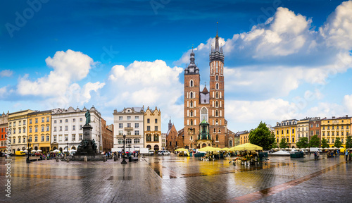 Panel Szklany Krakow - Poland's historic center, a city with ancient