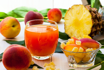 Peach and pineapple smoothie