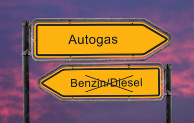 Strassenschild 22 - Autogas