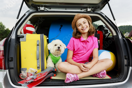 Summer holiday, Travel - family ready for the travel - 66603092