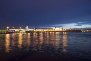 Санкт-Петербург. Стрелка Васильевского острова в белую ночь