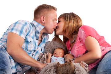 Eltern mit Baby, isoliert